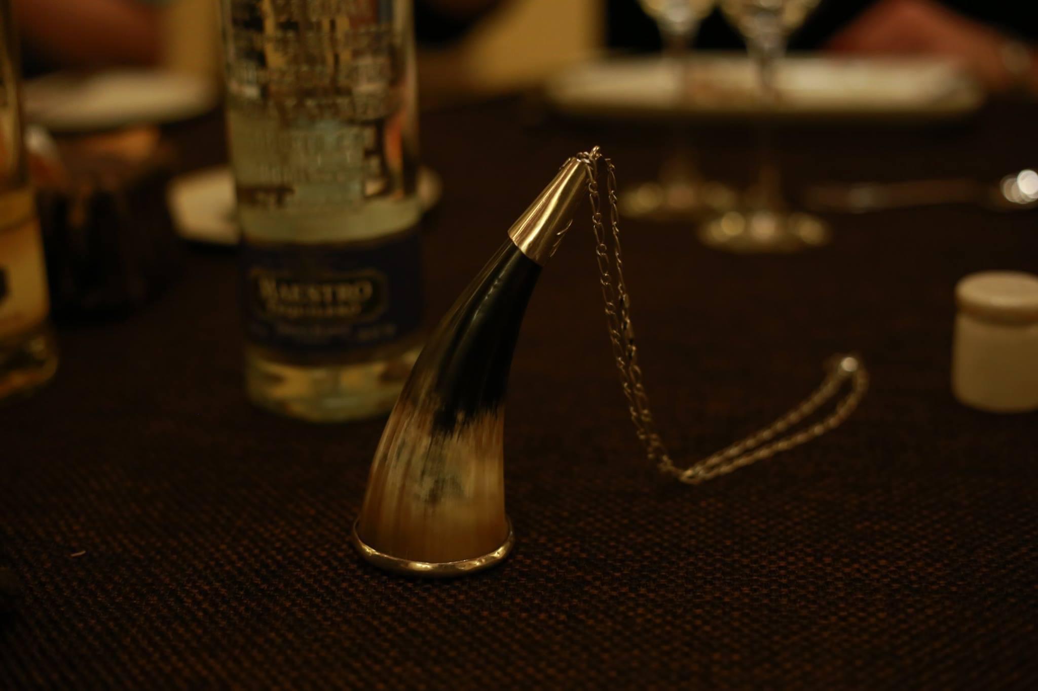 テキーラの一気飲みの起源 ― Caballitoを通して見たテキーラの横顔、カバジート、クエルニート、テキーラグラス
